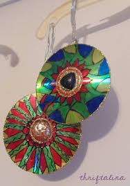 thriftalina by upcycled cd ornaments easy diy