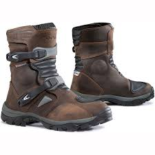 motorbike boots for short riders touring motorcycle boots free uk shipping u0026 free uk returns