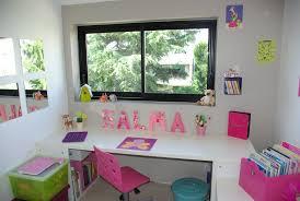 chambre enfant avec bureau bureau enfant 4 ans finest bureau aline tiroirs et niches de