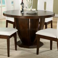 cherry finish classic round tulip base dining table