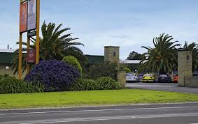 Mount Comfort Airport Book Direct For Benefits Heritage Hospitality Country Comfort