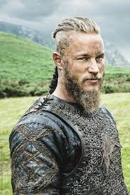 what hairstyle ragnar lothbrok pin by terri cowher on ragnar yumyum pinterest vikings travis