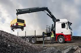 truck mounted crane articulated for mining applications