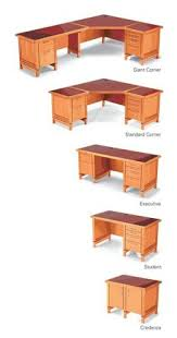 small desk plans free diy corner desk from ana white com this site has a million plans
