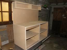 faire un meuble de cuisine fabriquer meuble de cuisine en bois idée de modèle de cuisine