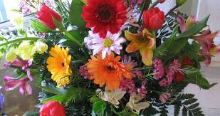 flowers big flower arrangements favored large flower