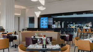sheraton airport amsterdam stripes restaurant reviewed men