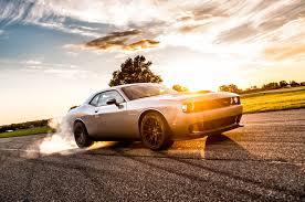 Dodge Viper Hellcat - a 20 second burnout in a 2015 dodge challenger srt hellcat