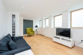Laminate Flooring In Glasgow Apartments In Glasgow Apartments One Bedroom