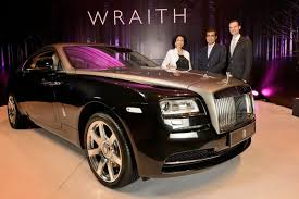 rolls royce wraith headliner rolls royce gives us some wraith eye candy with new photos and videos