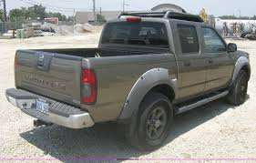 nissan frontier nerf bars 2001 nissan frontier xe crew cab pickup truck item a6459