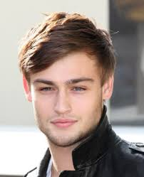 hair style photo booth actor picture of douglas booth with classic short hairstyle with