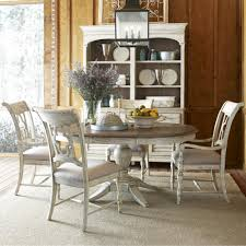 5 piece dining set with pedestal table and quatrefoil back chairs
