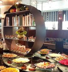 buffet display ideas by glass studio and tiger glass