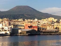 torre greco porto si capisce photo de porto di torre greco torre greco