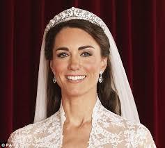 kate middleton wedding tiara duchess of cambridge s wedding tiara from on display