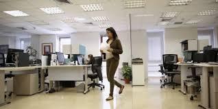 travaux de bureau salaire en favorisant la diversité les entreprises gagnent en compétitivité