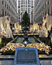 rockefeller center tree lighting no umbrellas and 9 other facts