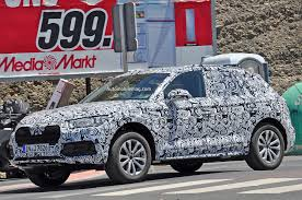 next generation audi q5 spied with sharper lines familiar shape