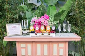 california summer wedding trend mimosa bars from onehope wines