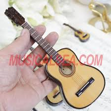 miniature guitar replica for wooden ornament for