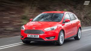 new ford focus review u0026 deals auto trader uk