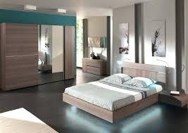 modèle chambre à coucher chambre a coucher moderne et a with chambre coucher moderne