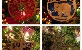 how to make wood slice snowmen ornaments hometalk