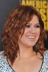 kelly clarkson u0027s post steal her style