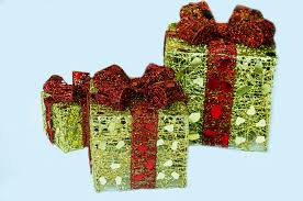 christmas present free stock photo public domain pictures