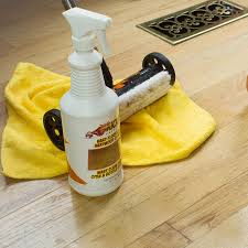 How To Clean Hardwood Laminate Flooring Floor To Make Easier To Clean Your Home With Best Cleaner For
