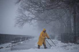 The Biggest Blizzard New York Snow Stunning Photos After Blizzard Brings 1ft Of