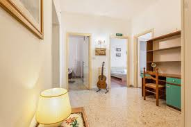 30sqm sunny room with terrace room for rent rome