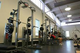 Machine Bench Press Vs Bench Press Dumbbells Vs Barbell And The Incline Bench Press Wodfitters