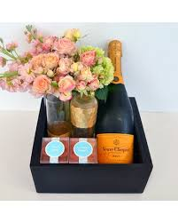 Champagne Gift Basket Bubbles U0026 Blooms Champagne Gift Basket In Dallas Tx Dr