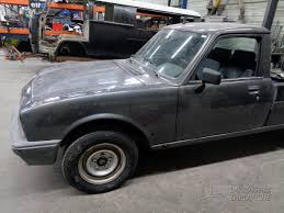 peugeot 504 pickup peugeot 504 pick up carrosserie laplanche