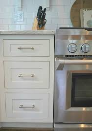 Kitchen Cabinet Hardware Pictures by 15 Do It Yourself Hacks And Clever Ideas To Upgrade Your Kitchen