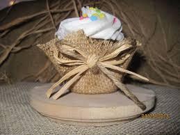 25 cupcake wedding favors ideas best 25 burlap cupcakes ideas on rustic