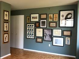 1930s Home Decorating Ideas by Displaying Photos On Wall 30 Family Picture Frame Wall Ideas Photo