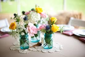 Wedding Centerpieces Using Mason Jars by Flower Wedding Centerpieces With Blue Mason Jarswedwebtalks