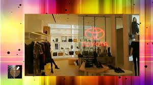 ice led glass window retail partition screen nine west store