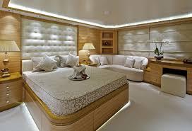 salle de bain de bateau mia rama location de bateau pour larges groupes luxury charter group