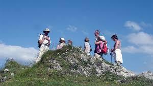 famille bureau randonnée marmotte compagnie famille bureau guides ariege pyrenees 1