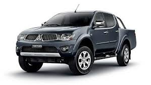 x500 mitsubishi triton ml 2006 models with storage compartment