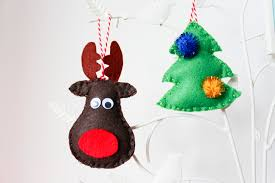 diy free printable reindeer and christmas tree decorations