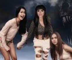 film petualangan wanita di film 3 cewek petualang jupe tidak tilkan keseksian poskota news