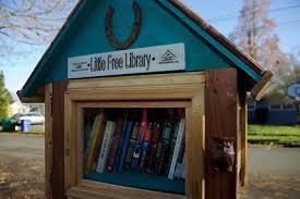 Mini Library Ideas Portland Book Lovers Nurture Neighborhood Camaraderie With Mini