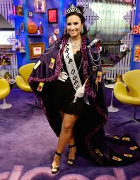 demi lovato dressed up as a u0027trap queen u0027 for halloween trap