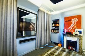 tv dans chambre tv miroir cadre tv so concept