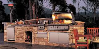 20 Outdoor Kitchen Design Ideas And Pictures by Brilliant Outdoor Kitchen Design Ideas